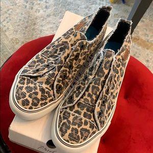 Blowfish leopard slip on sneakers sz 10